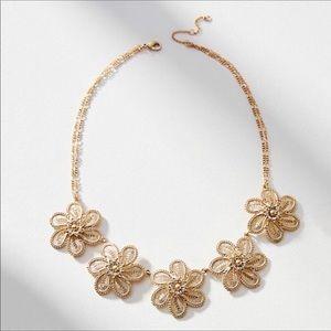 NWOT Anthropologie gold floral necklace🌼